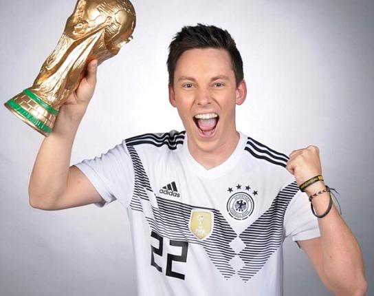 WM 2018 – Mit Fußball erfolgreich auf YouTube: Manu Thiele im Interview